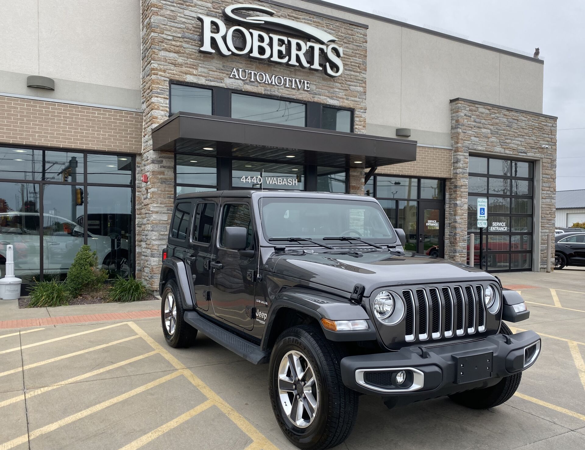 Used Car Dealership Springfield Il Roberts Automotive