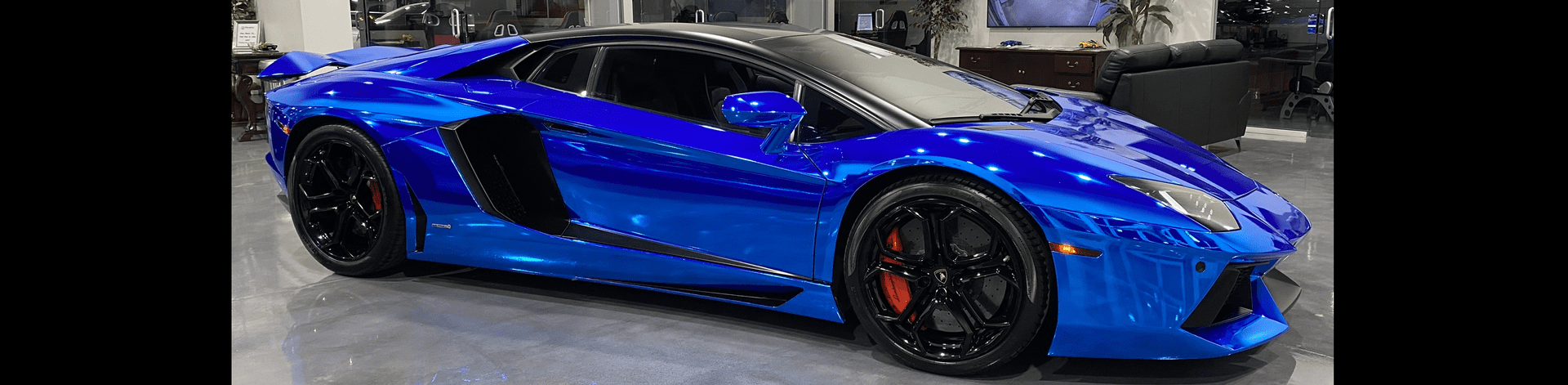 Chrome Blue Aventador