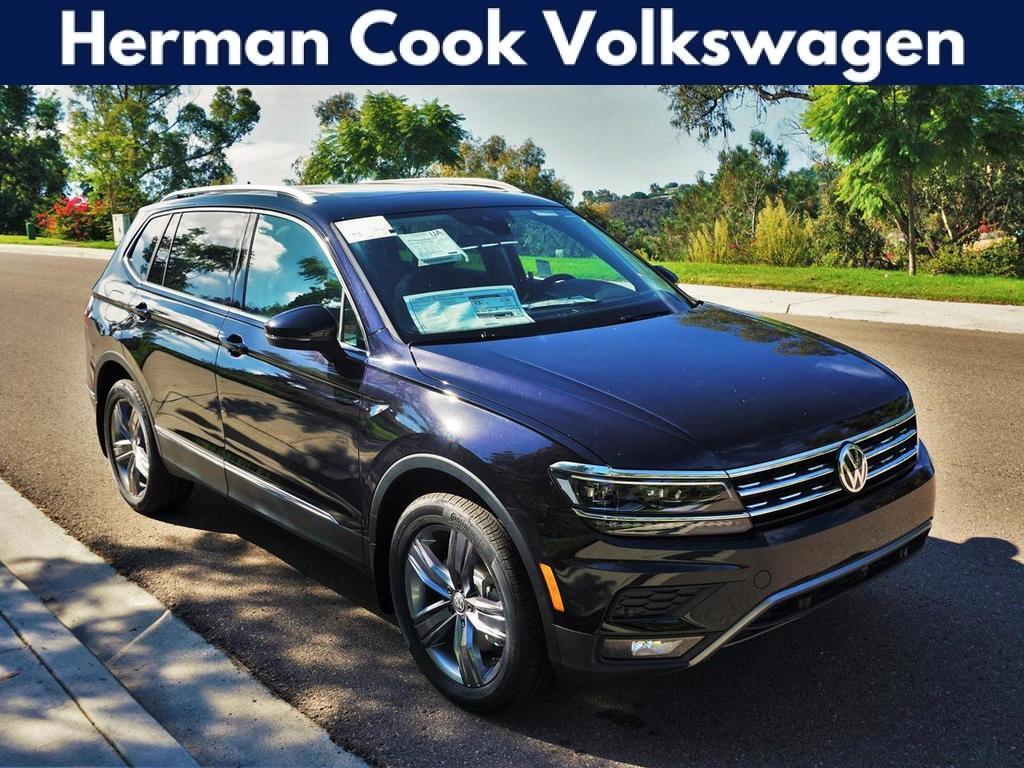 2018 Volkswagen Tiguan SEL Premium with 4MOTION®