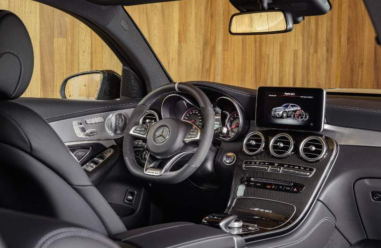 2018 AMG® GLE 43 steering wheel