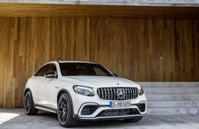 2018 Mercedes-AMG GLE Coupe white front view