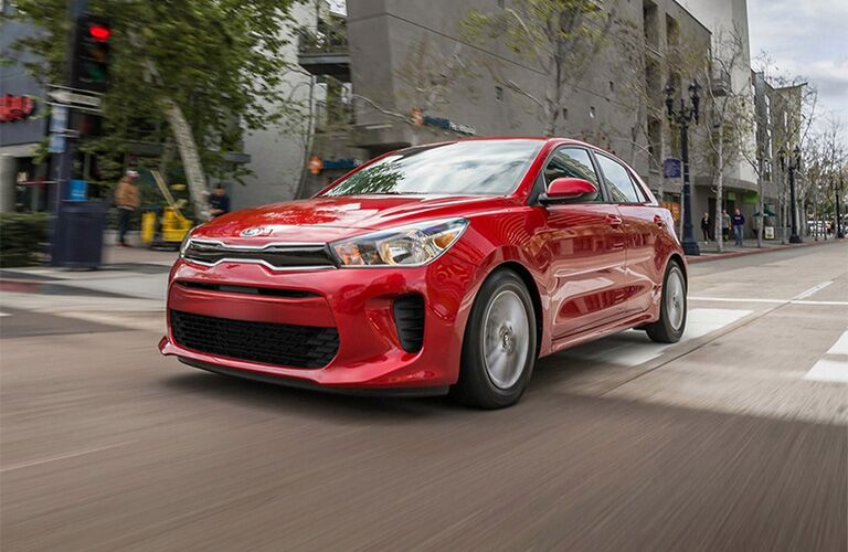 2020 Kia Rio 5-Door vs 2020 Honda Fit