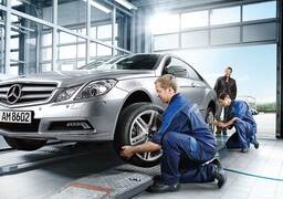 Oil & Filter Change with Tire Balance & Rotation Special