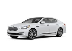 New Kia K900 at Pendleton