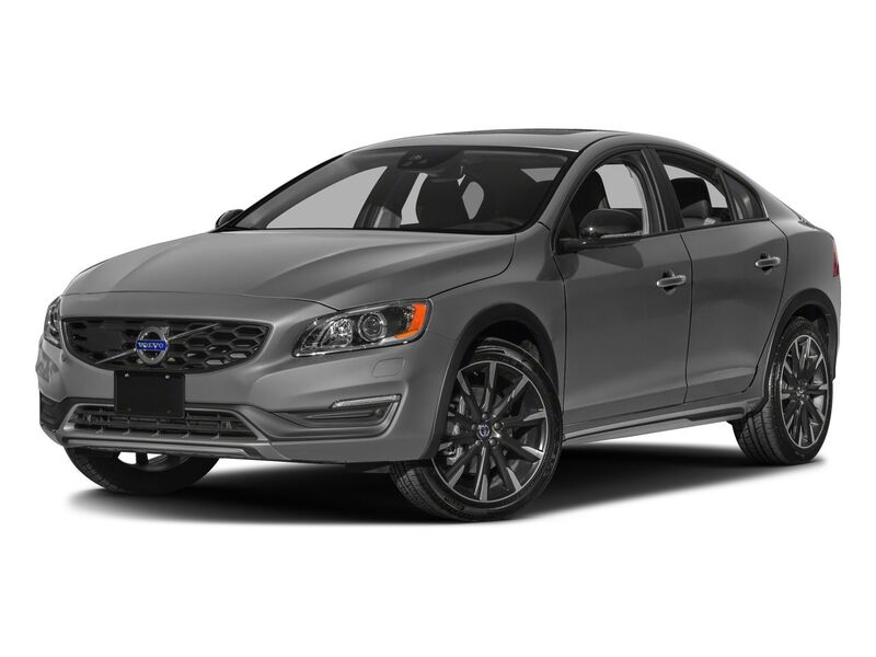 New Volvo S60 Cross Country in Santa Fe