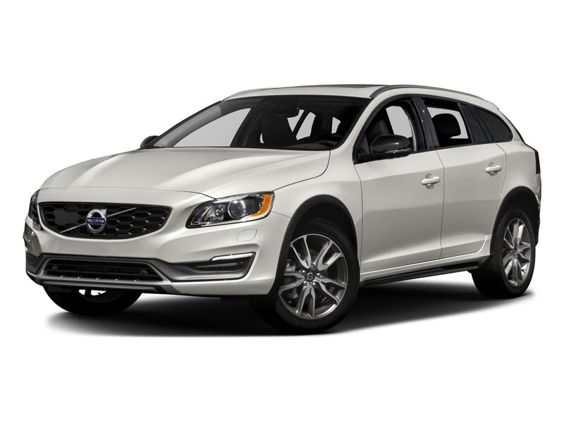 New Volvo V60 Cross Country in Santa Fe