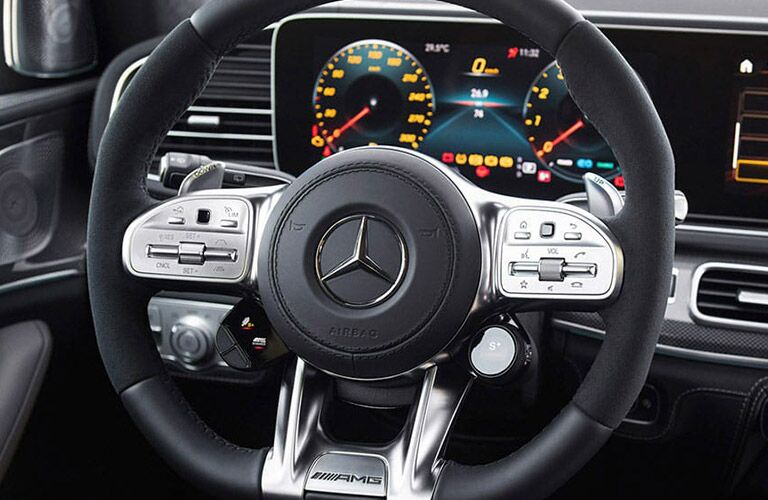 2021 MB GLE interior front cabin close up of steering wheel