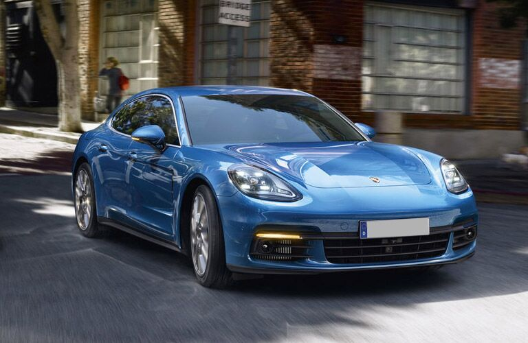 front view of the 2017 Porsche Panamera