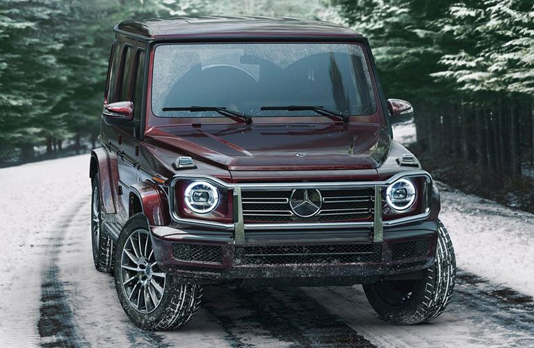2021 MB G-Class exterior front fascia passenger side in snow