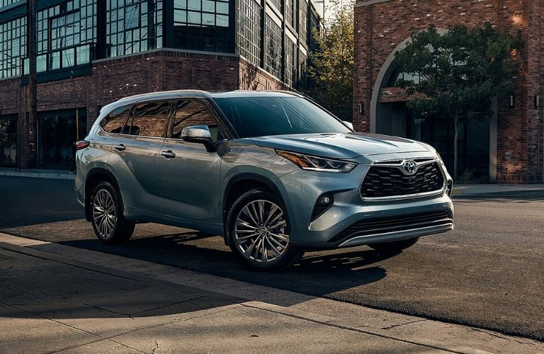 Exterior view of a blueish-gray 2020 Toyota Highlander