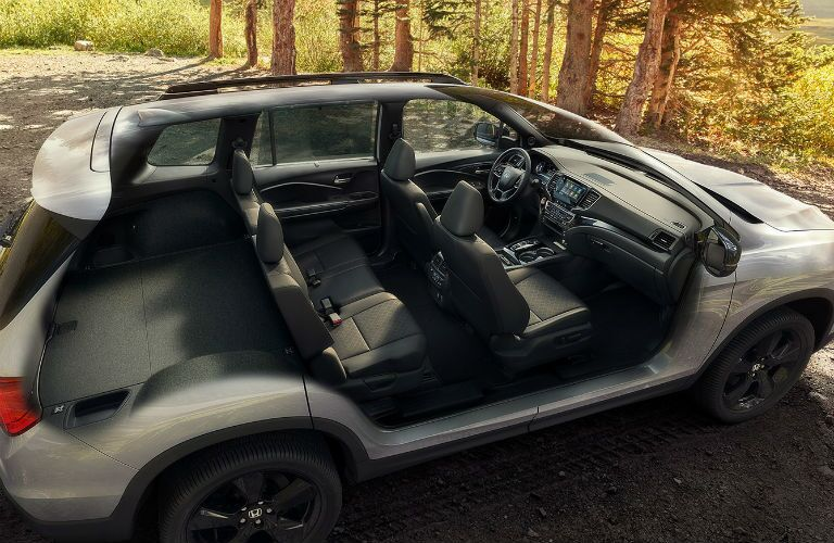 Cut-out view of the 2020 Honda Passport Elite cabin