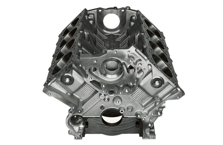2019 Nissan NV Cargo V8 engine block