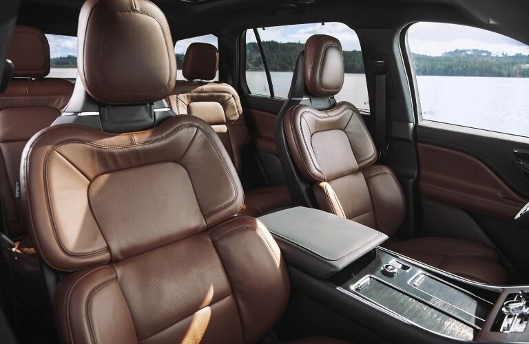 2021 Lincoln Aviator front seats
