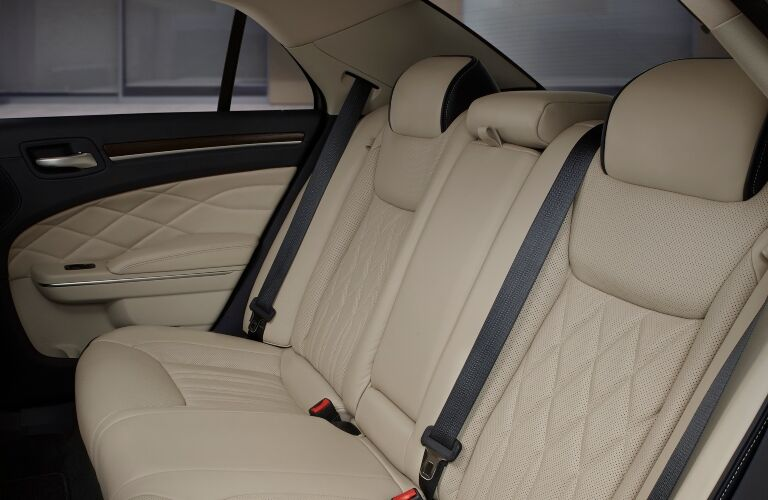 2019 Chrysler 300 Back Seats