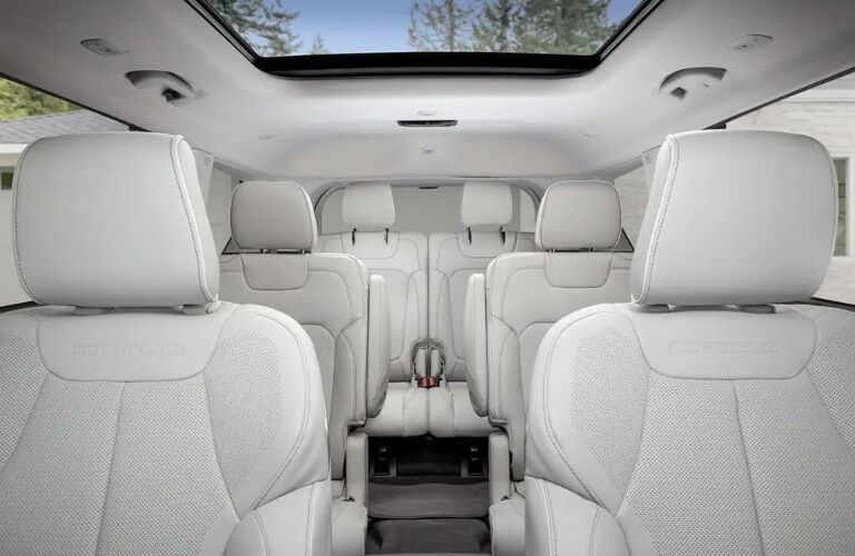 Seating inside of the 2021 Jeep Grand Cherokee L