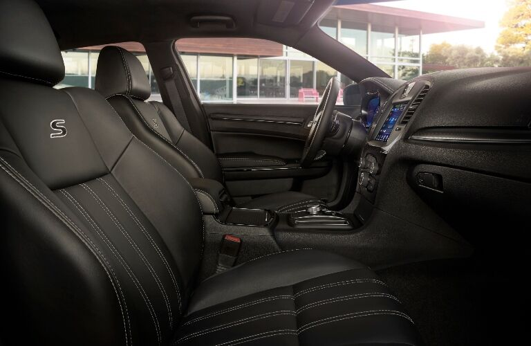 2020 Chrysler 300S Front Seats