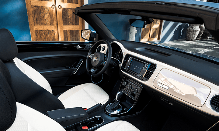 2019 VW Beetle Convertible interior