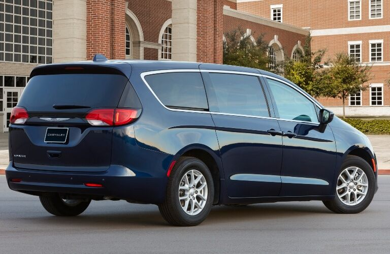 2020 Chrysler Voyager Back End
