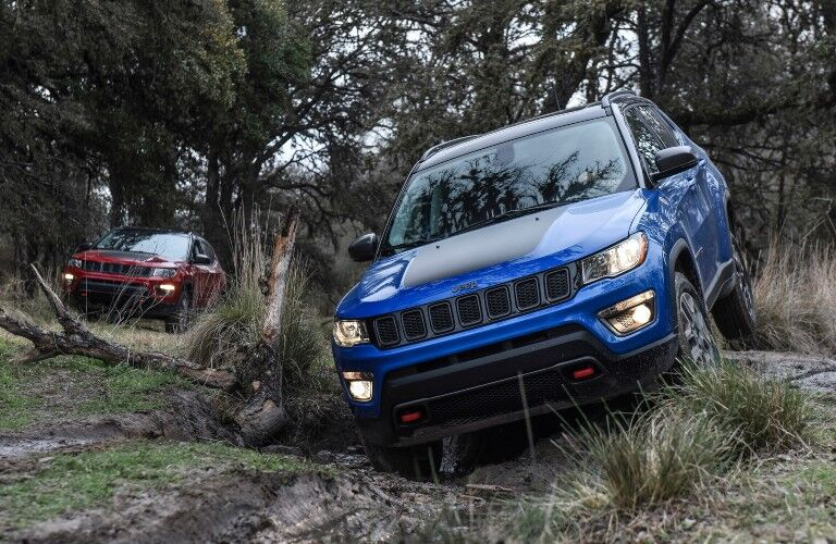 2020 Jeep Compass blue front view off road