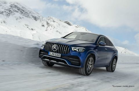 2021 MB GLE Coupe exterior front fascia driver side on snowy road
