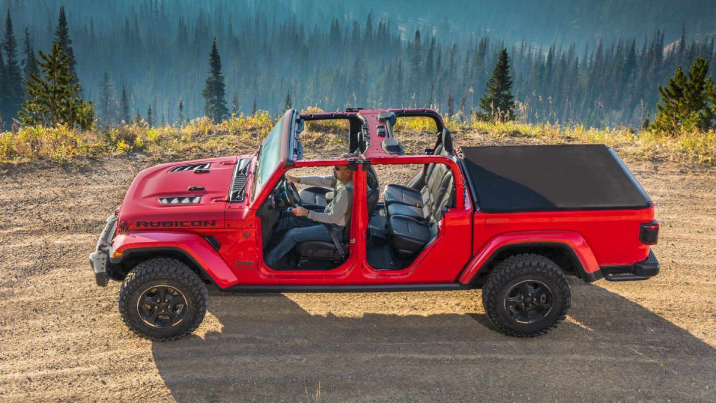 2020 Jeep Gladiator without doors in red