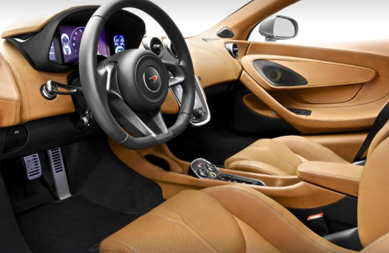 Light brown dashboard and seats in 2019 McLaren 570S