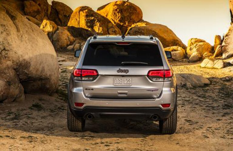 2020 Jeep Grand Cherokee rear in gray