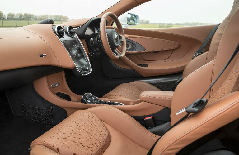 Brown dashboard and seats in 2019 McLaren 570GT