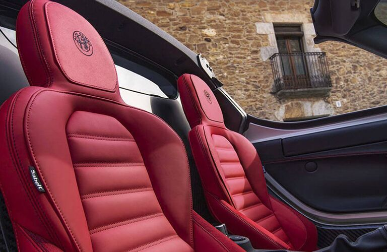 red seats in alfa romeo 4c spider