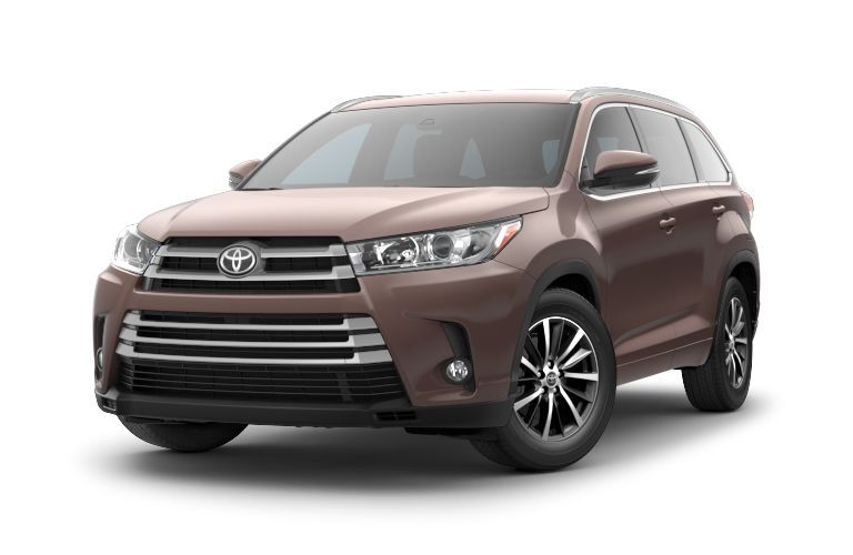 The Toyota Highlander is a popular crossover SUV with strong towing scores.