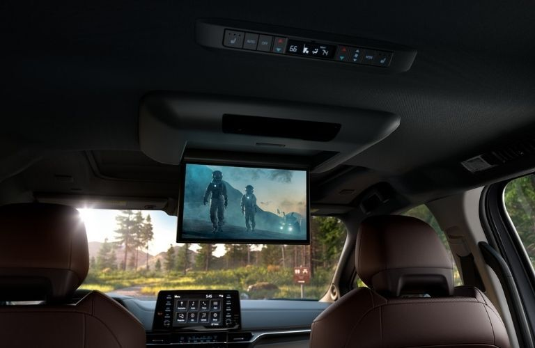2021 Toyota Sienna rear entertainment