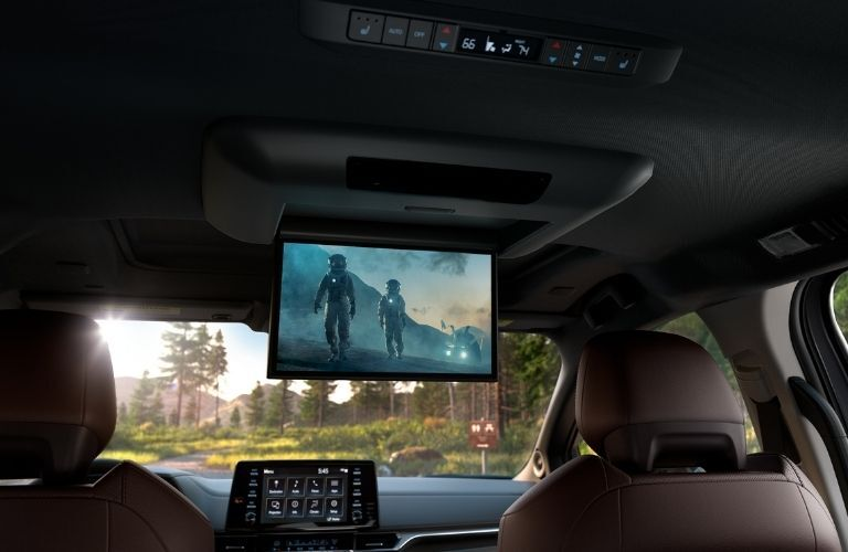 2021 Toyota Sienna entertainment center