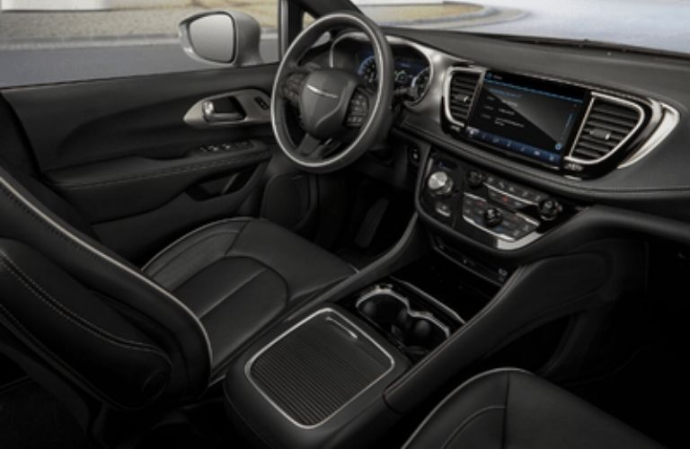 2021 Chrysler Pacifica interior front