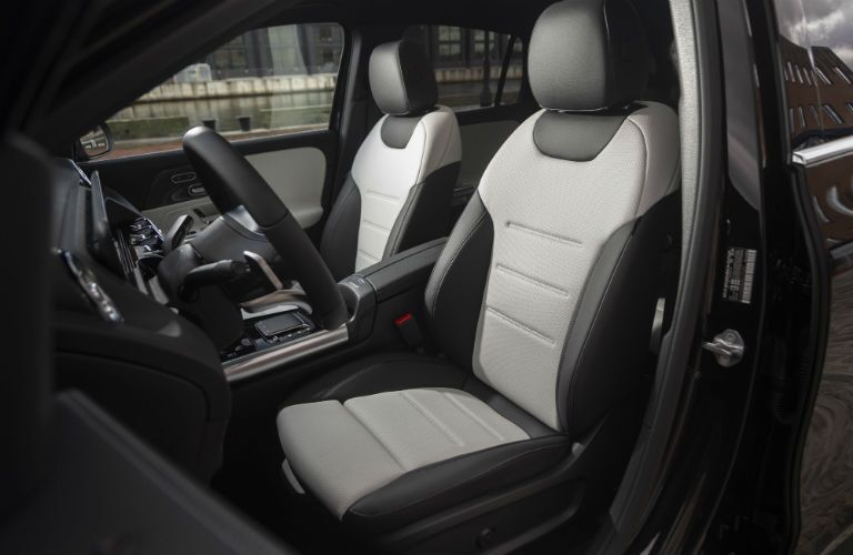 2021 MB GLA interior front cabin side view seats and steering wheel