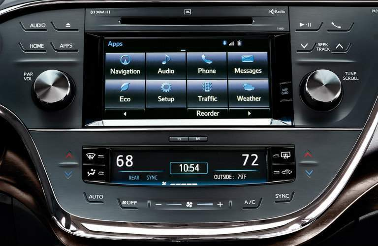 2018 Toyota Avalon's infotainment display