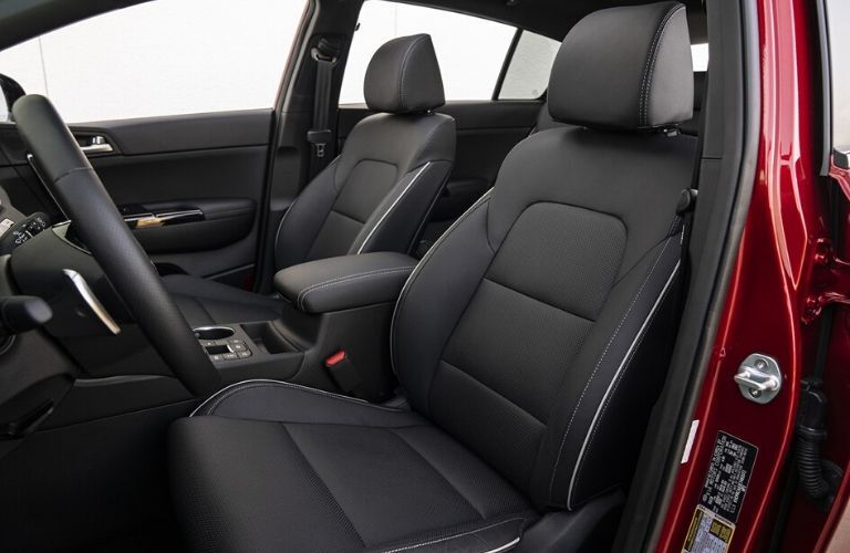 Front seats in 2020 Kia Sportage