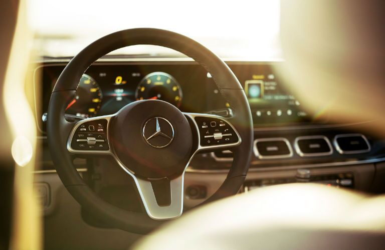 A photo of the new steering wheel in the 2021 Mercedes-Benz GLE SUV.