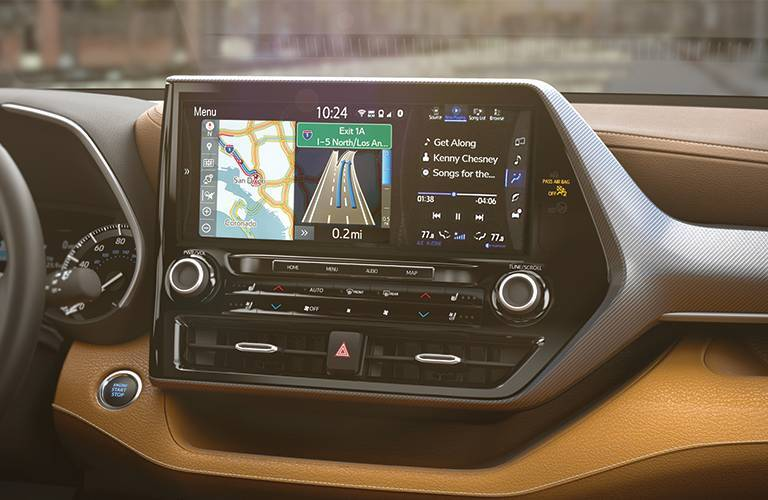 Infotainment system in the 2020 Toyota Highlander
