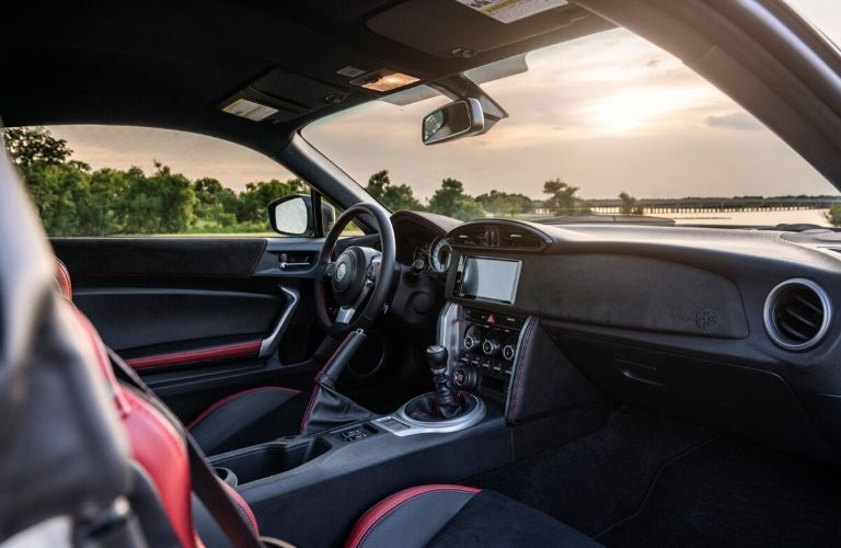 Front dash in 2020 Toyota 86
