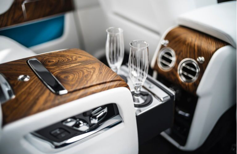 2020 Rolls-Royce Cullinan champagne cooler