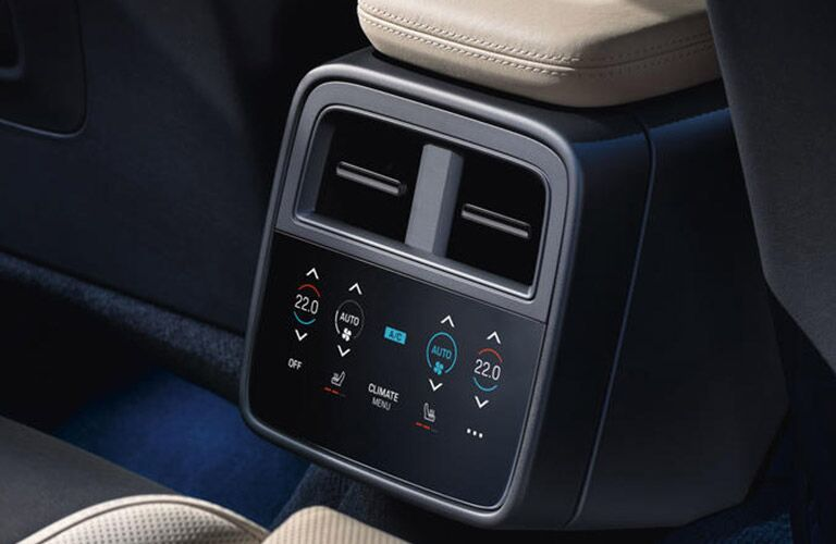 rear climate control in the 2020 Porsche Taycan