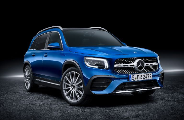 2020 Mercedes-Benz GLB exterior front fascia passenger side on gray floor with black background