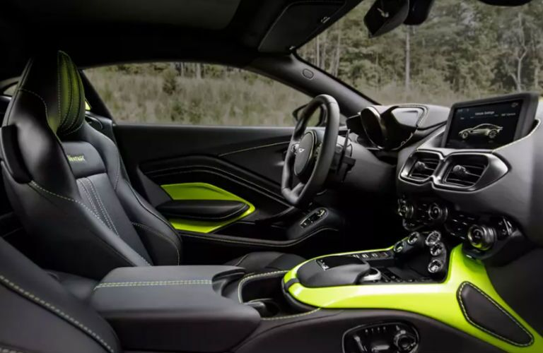 2020 Aston Martin Vantage seating