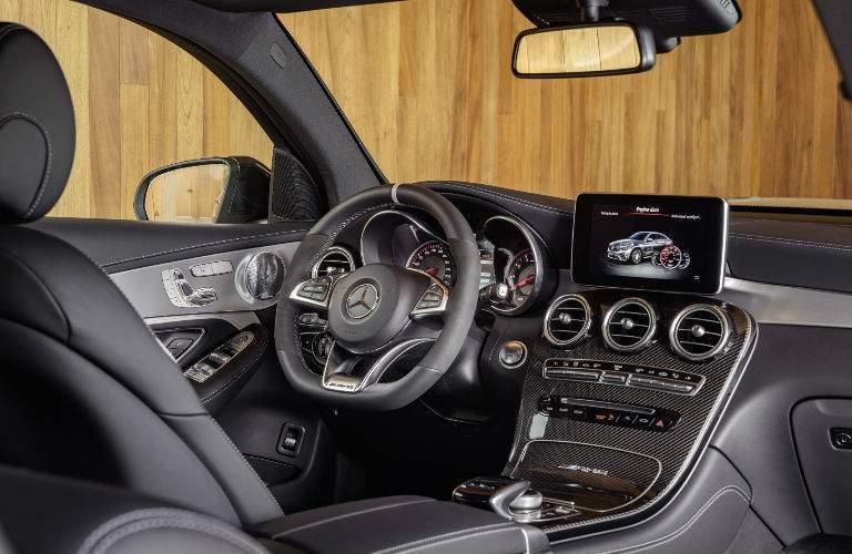 2018 Mercedes-Benz GLE Coupe vs BMW X6