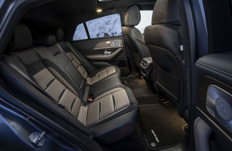 2021 MB GLE interior rear cabin side view seats