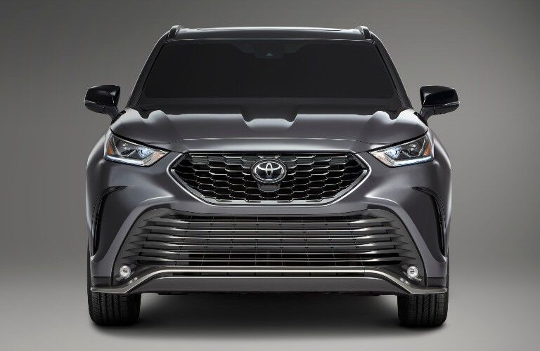 2021 Toyota Highlander from exterior front