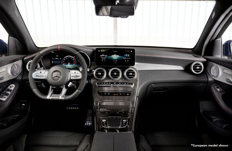 2020 MB GLC interior front cabin steering wheel dashboard