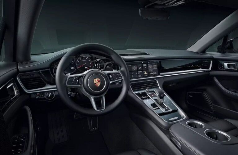 dashboard of the 2020 Porsche Panamera