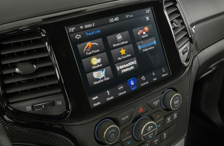 A photo of the touchscreen used in the 2020 Jeep Grand Cherokee.