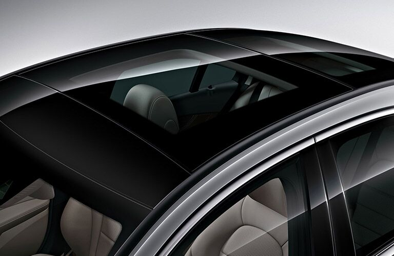2018 MB C-Class exterior sunroof close up